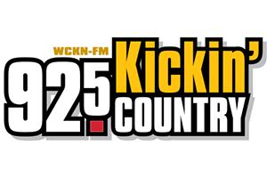 92.5 Kickin' Country